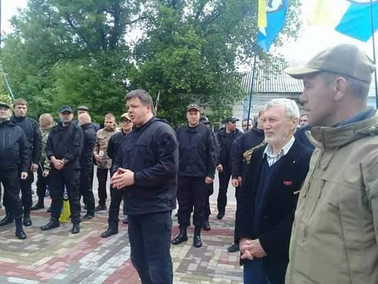 Бурштиновую ТЭС – народу Украины: в Бурштине проходит встреча руководителей штаба торговой блокады Донбасса с местным активом (видео)