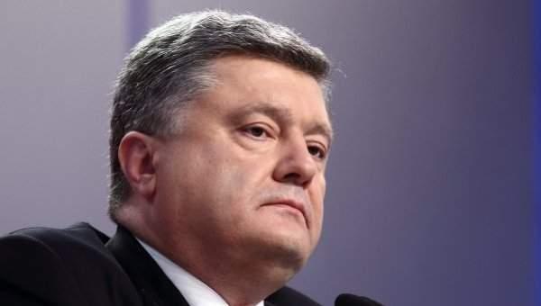 С победой на парламентских выборах Порошенко поздравил премьер-министра Мальты
