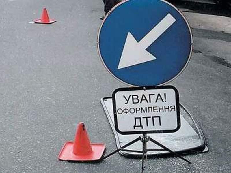 В Одессе водитель сбил двух школьниц
