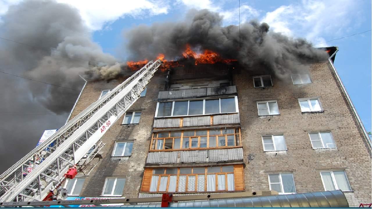 Пожар в квартире Днепра: женщина сгорела заживо