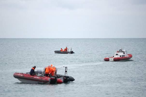 В море найдены обломки пропавшего военного самолета