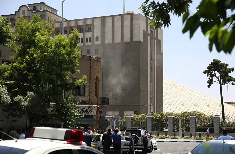 Количество жертв в результате двойного теракта в Иране возросло до 16 человек