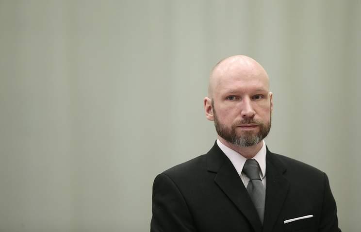 Организатор двойного теракта в Норвегии официально сменил имя