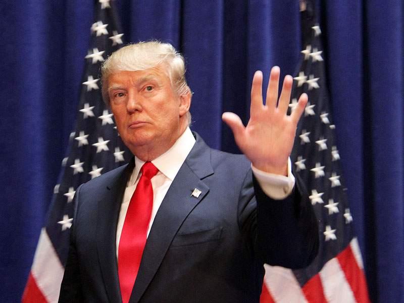 Президент США Дональд Трамп назвал экс-директора ФБР