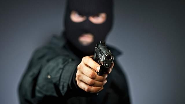 На Днепропетровщине мужчина выстрелил своему обидчику в голову
