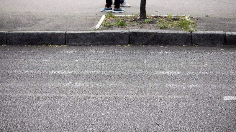В Днепре под колёсами автомобиля погибла 9-летняя школьница (фото, видео)