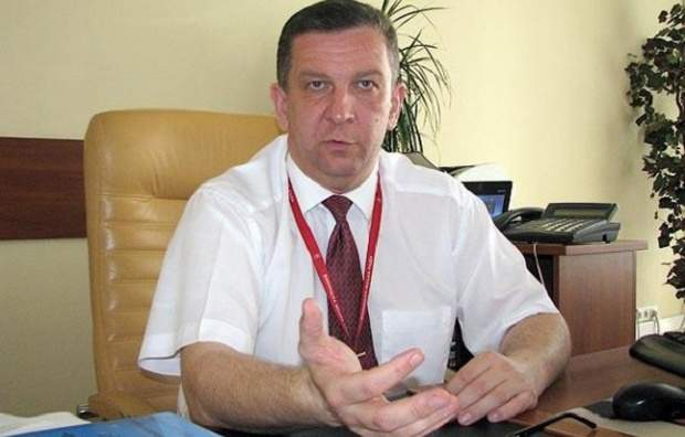Заедает очередную «победу» лобстерами: министр Рева отдыхает в Женеве «на широкую ногу» (фото)