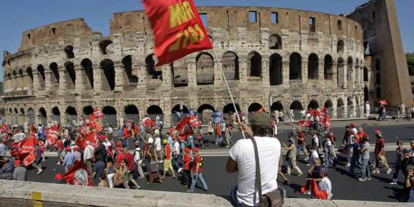 Движение в Италии замерло: в стране проходит общенациональная забастовка