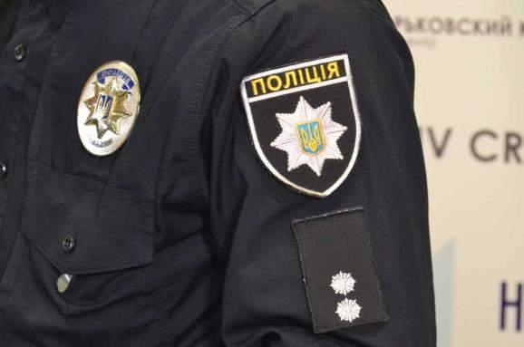 Угроза взрыва во Львове: Сотрудники полиции эвакуировали жильцов многоэтажки
