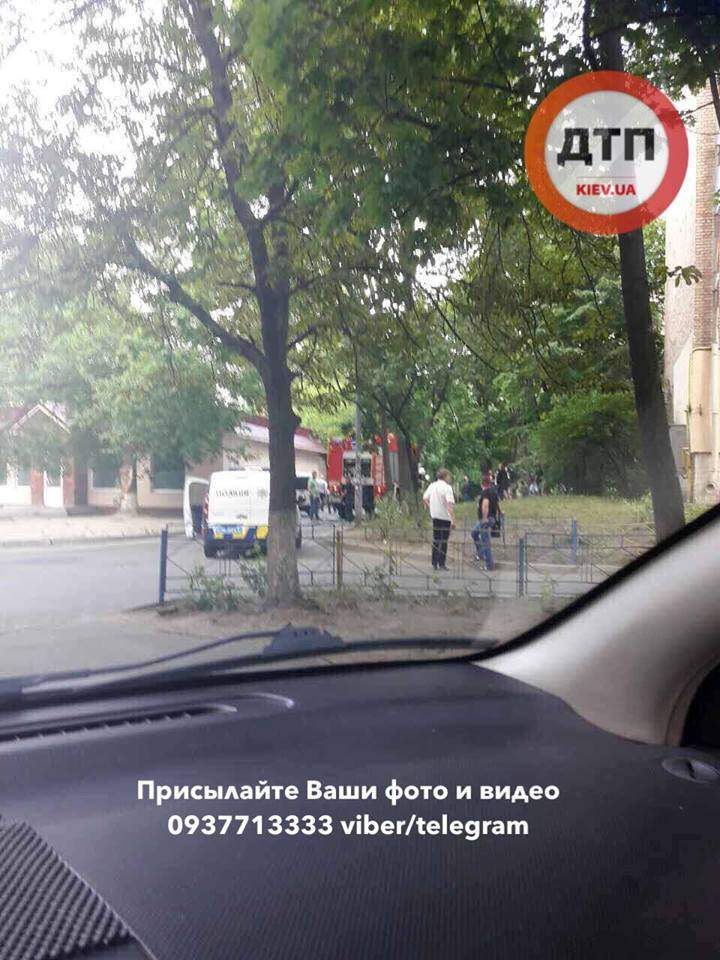 Поджег магазина произошел в столице (Фото)