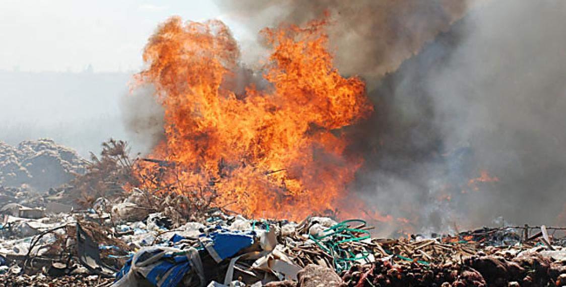 В Николаеве пожарники ликвидировали масштабный пожар