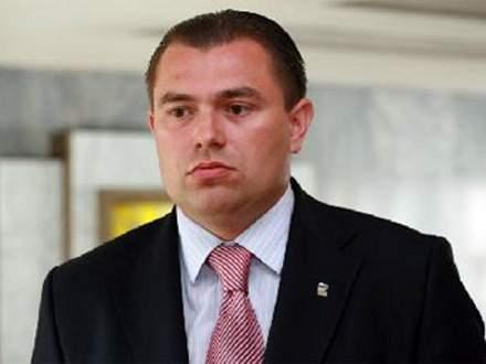 Чиновник-взяточник из РФ попросил политическое убежище в Украине и заявил о службе в «Азове»