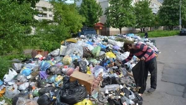 Власти игнорируют Садового: Львову грозит вспышка инфекций и эвакуация детей