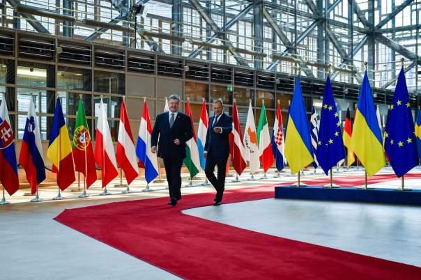 Порошенко назвал Туска личным другом и другом Украины (Видео)
