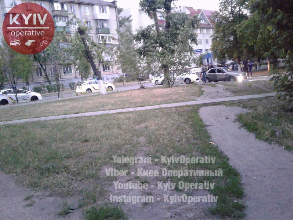 Ранним утром киевлян разбудили звуки полицейских сирен (Фото)