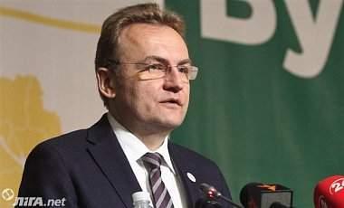 Садовый рассказал, что мусор из Львова активно вывозиться, однако помощь других городов всё также необходима