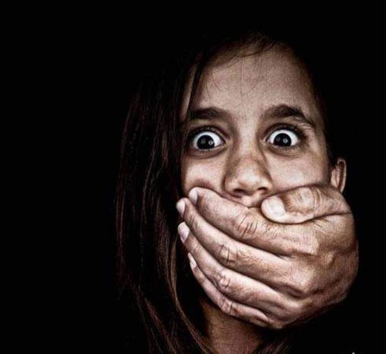 В Одесской области мужчина надругался над 14-летней девочкой