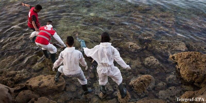 60 мигрантов утонули в Средиземном море
