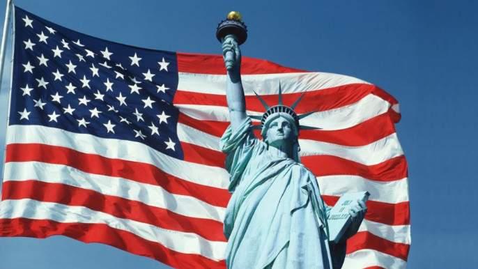 Американский историк и лингвист заявил о крахе США из-за рыночной экономики