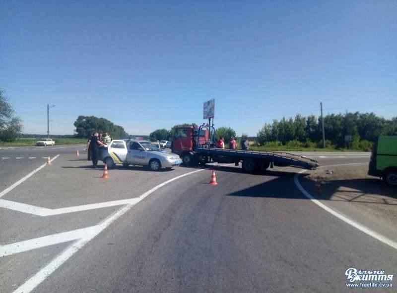 Кровавое ДТП с пострадавшими произошло на Буковине (Фото)