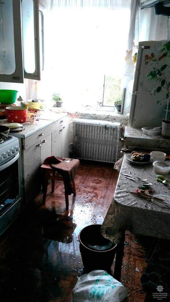 Мощный взрыв в Днепропетровской области: В квартире пенсионерки подорвали гранату (Фото)
