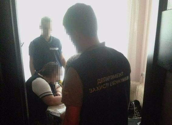 В Ровно преподаватель медицинского колледжа погорела на взятке (фото)