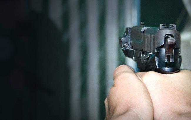 В Испании неизвестный открыл стрельбу по полицейским: есть пострадавшие