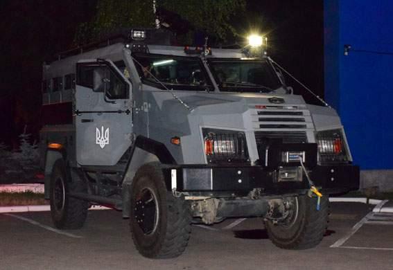 В Мариуполе полиция усилила патрулирование (Фото)