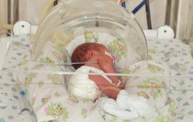 В Запорожье супружеская пара продала новорожденного после выписки из роддома