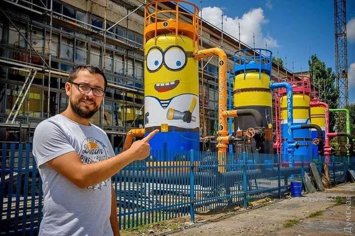 В Одессе на Ильичевском судоремонтном заводе появились миньоны (фото)