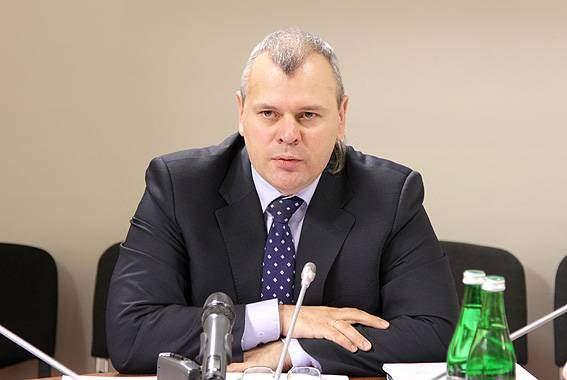 Народный депутат предложил изменить Конституцию Украины