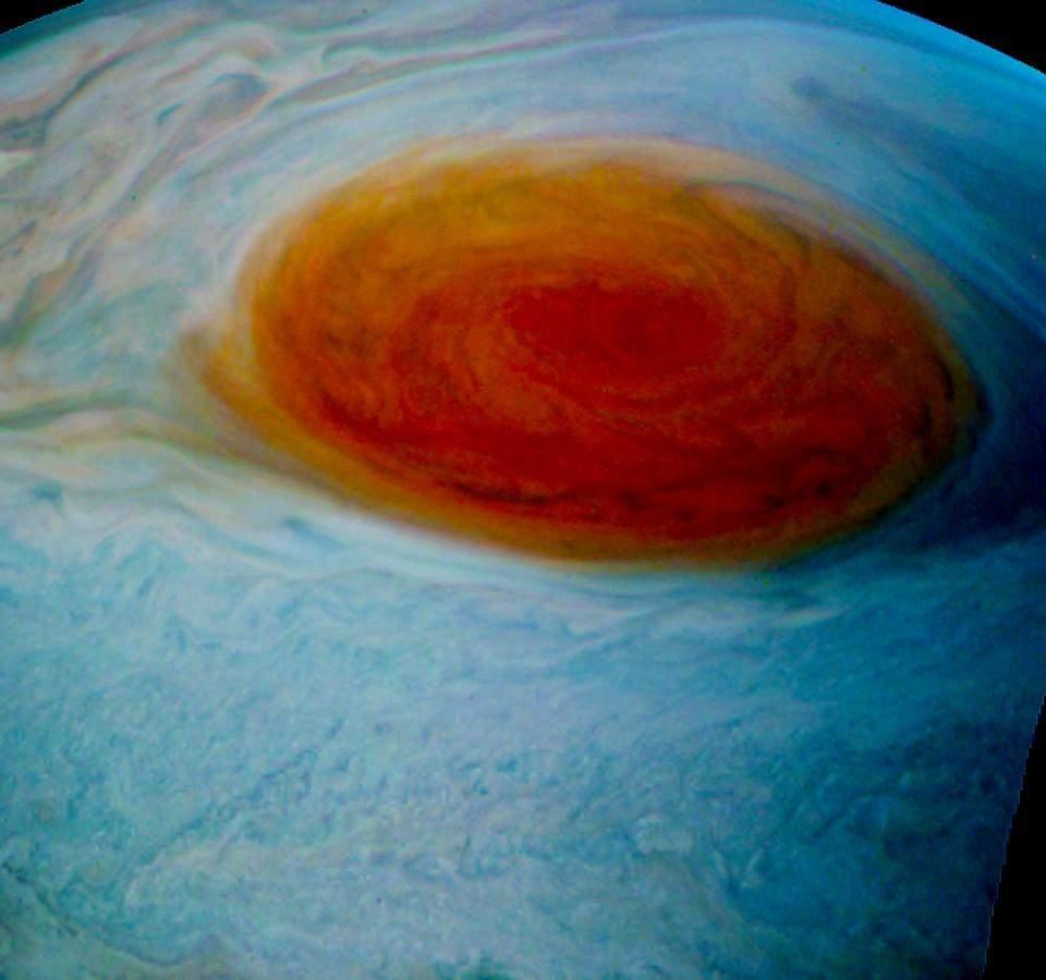 Сотрудники NASA зафиксировали мощнейший шторм на Юпитере (фото)