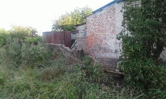 Авдеевка под обстрелом: ранены двое местных жителей (фото)