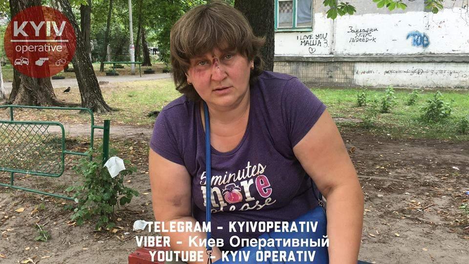 В столице горе-мать напилась, подралась с подругой и упала на ребёнка (видео)