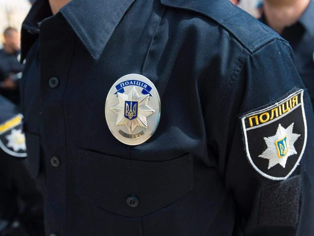 На КПП «Краковец» произошли потасовки с участием патрульных (видео)