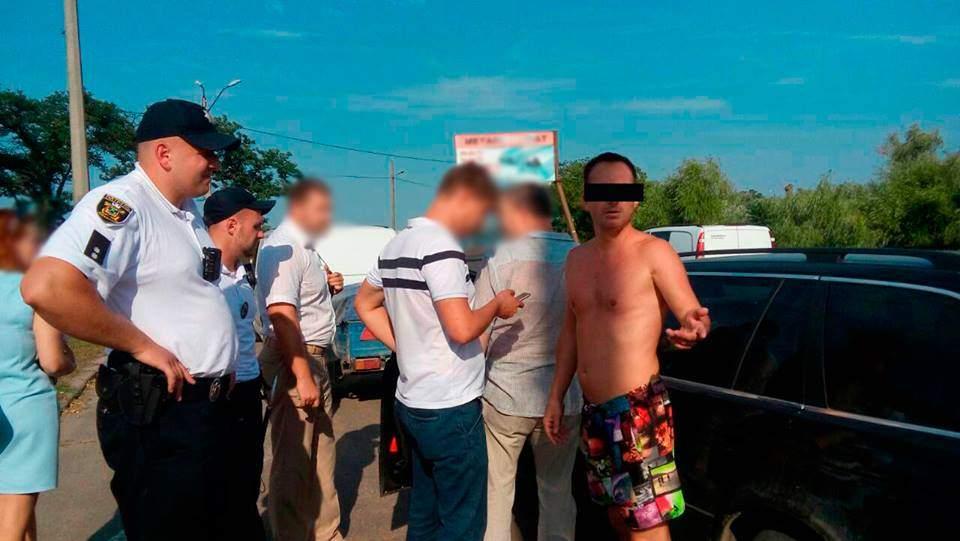 В Украине разоблачили порно-фотографа взрослых и несовершеннолетних (фото)