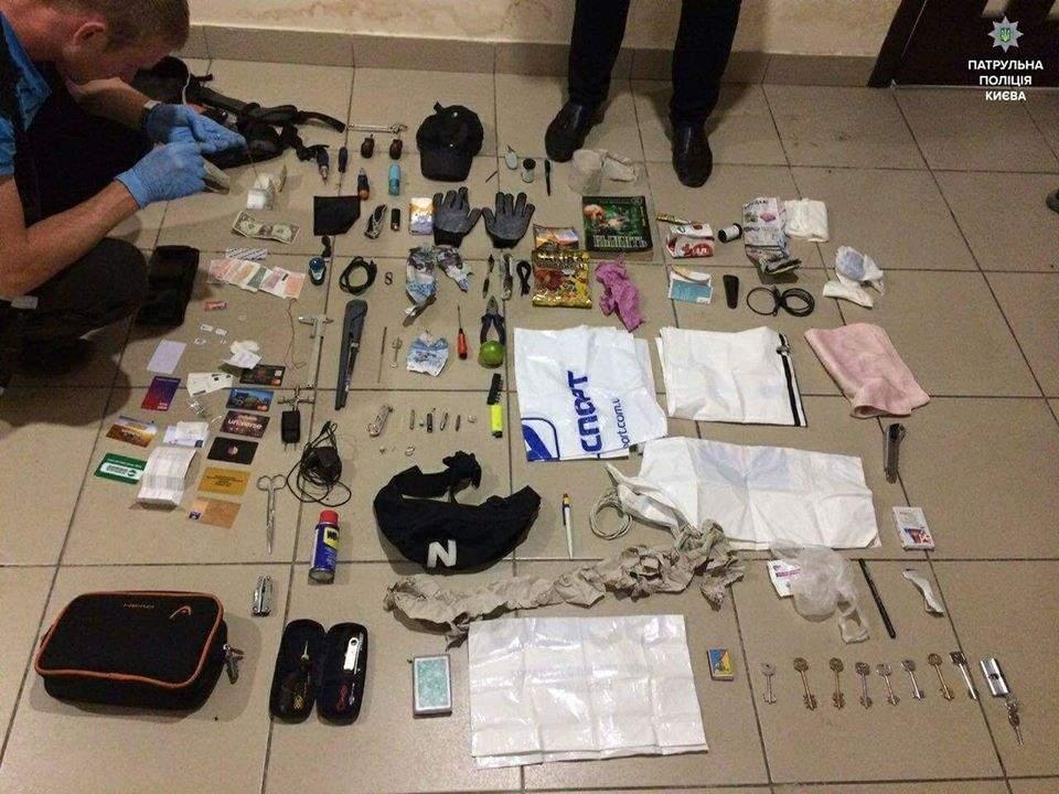 Столичного опытного вора задержали полицейские (Фото)