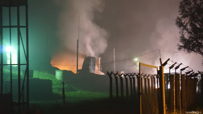 В РФ на территории воинской части пылал склад с боеприпасами (Фото)