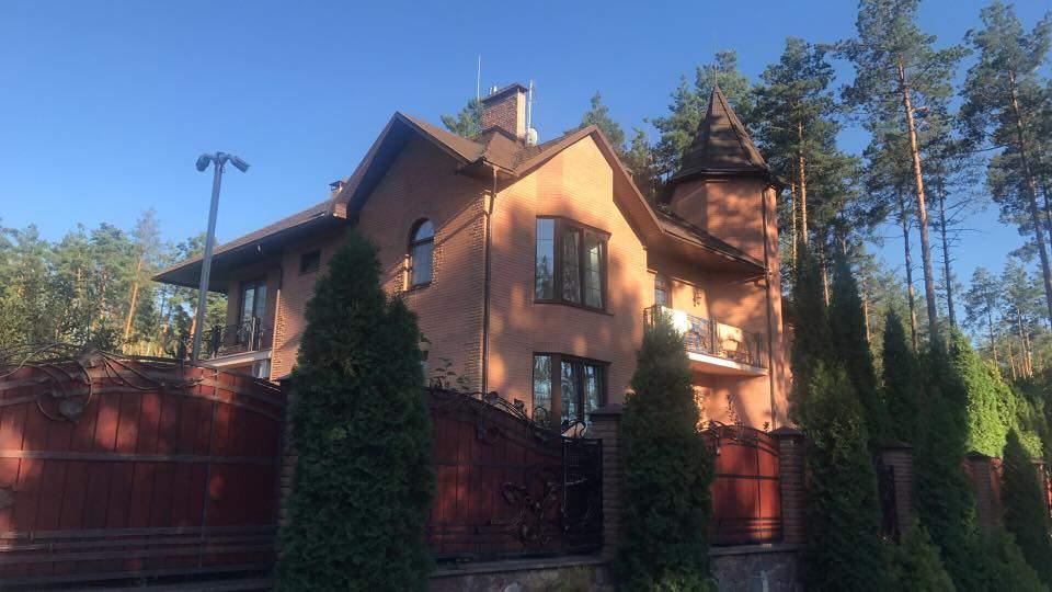 Над домом начальника департамента ГПУ из огнестрельного оружия был сбит дрон-наблюдатель (фото)