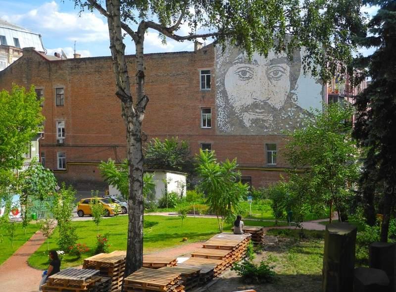 Сквер Небесной сотни вернули в собственность Киева