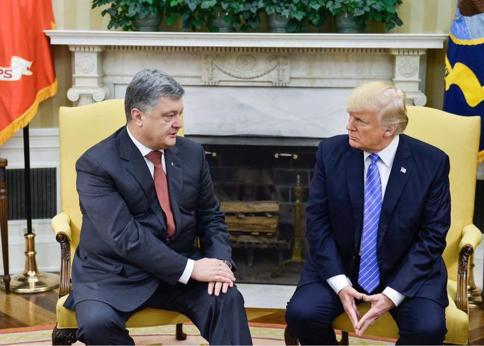 Порошенко: Трамп подтвердил стратегическое направление отношений Украины и США