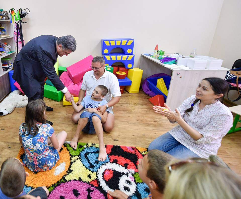 Президент Украины сделал подарок винницкому центру реабилитации «Гармония»