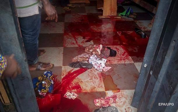 В Нигерии в результате нападения на католическую церковь было убито 12 человек