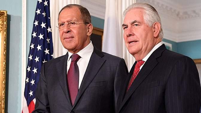 Встреча Тиллерсона и Лаврова может свидетельствовать об улучшении отношений двух государств
