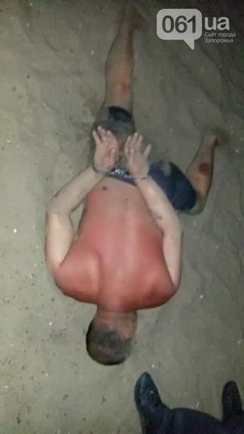 В Запорожье преступники до крови избили отдыхающих (Фото)