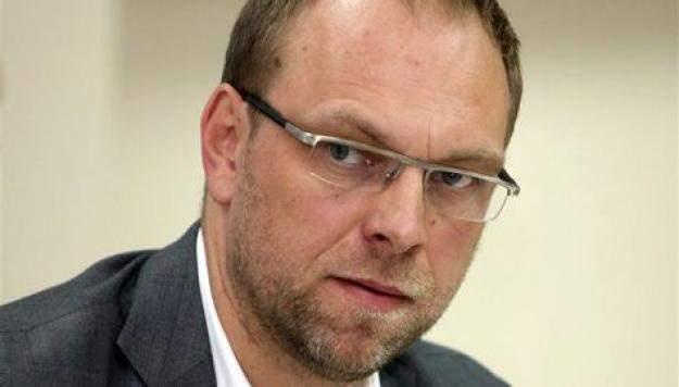 Власенко рассказал о непрофессионализме Луценко