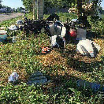 На Днепропетровщине два байкера попали в смертельную аварию (Фото)