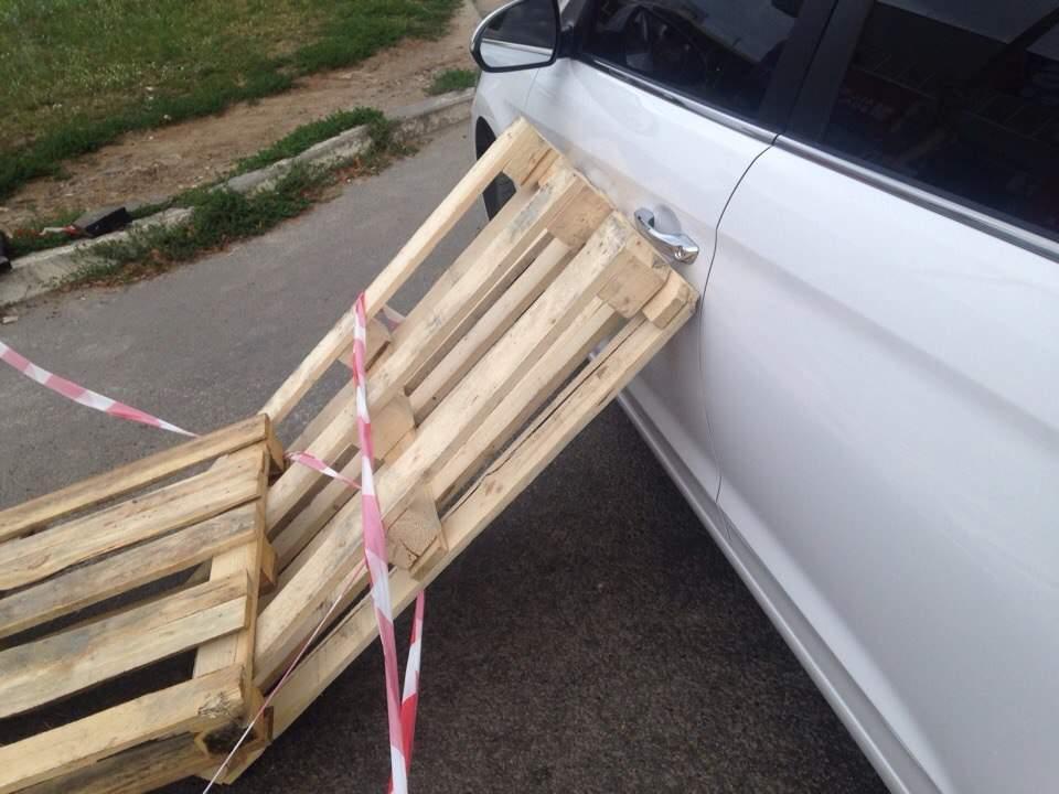 Харьковчанин нашел оригинальный способ защиты от воров автомобилей (фото)