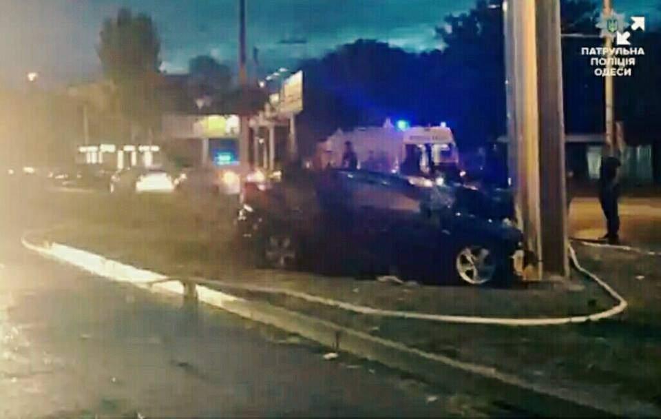 В Одессе произошла кровавая авария с возгоранием авто. Есть пострадавшие (Фото)