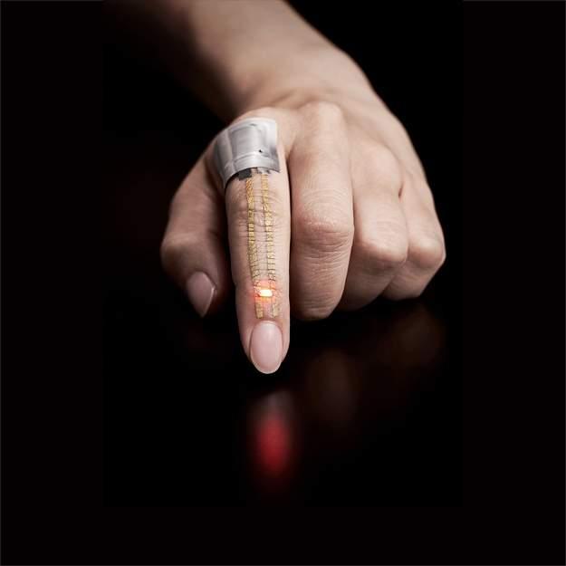 В Японии изобрели сенсоры-татуировки